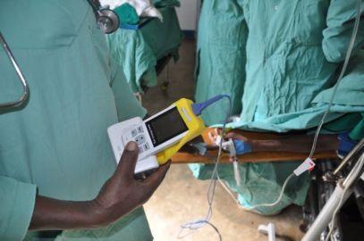 Oximetry_Tanzania_2013_Haydom Lutheran Hospital (1)
